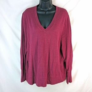 🎁 J. Peterman    Red V-Neck Long-Sleeve Sweater